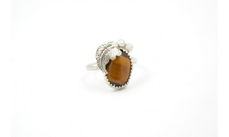 Tiger eye and feather ring