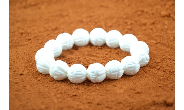 Shell pearls bracelet