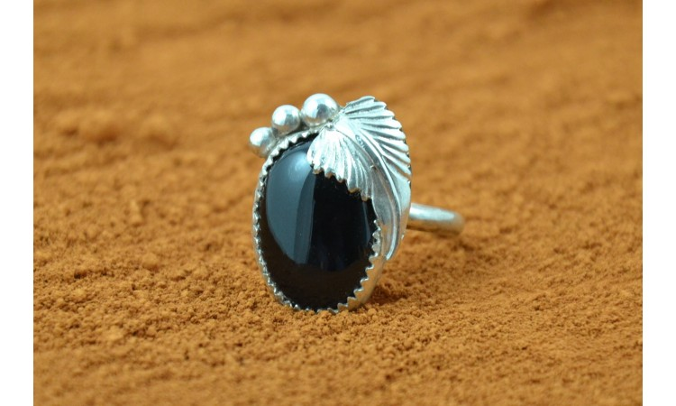 Black onyx and feather ring