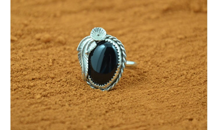 Onyx and feather Navajo ring size 10