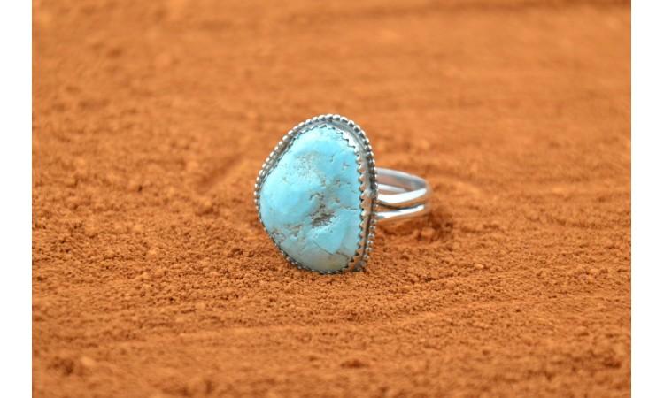 Native american kingman turquoise ring