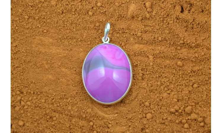 Pink agate pendant
