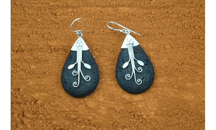 Lava stones earrings