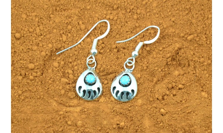 Bear paw Navajo earrings Gaynell Parker