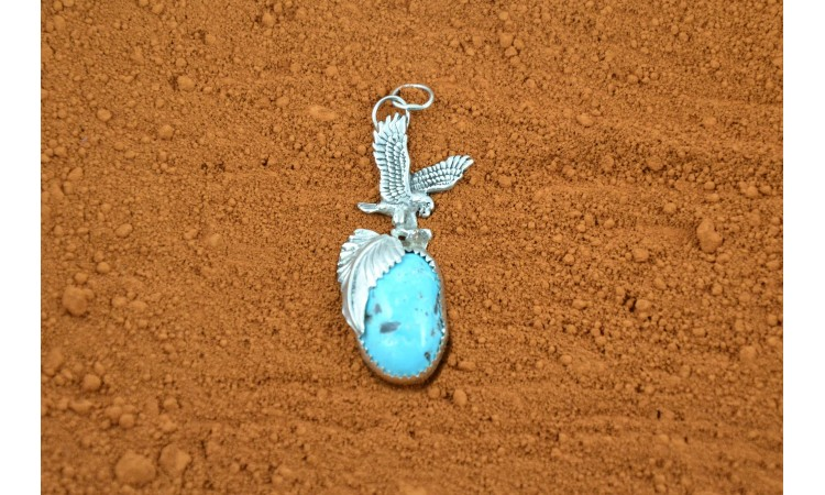 Pendentif aigle et turquoise royston
