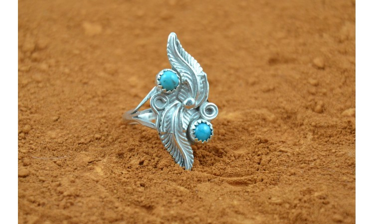 Turquoises and leaves ring