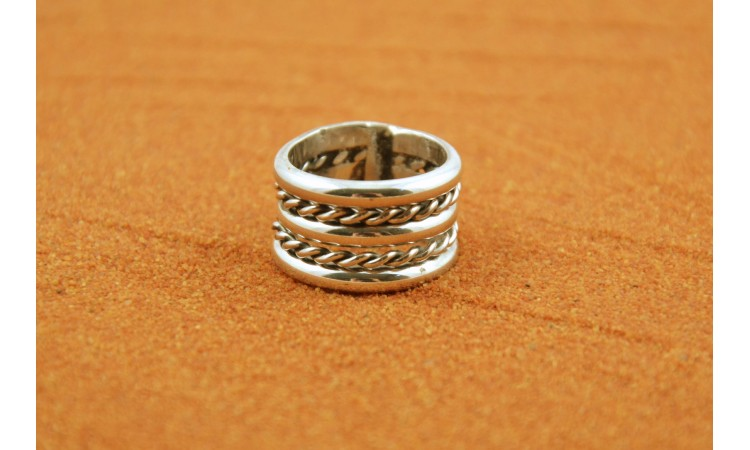 Five strips silver Ring
