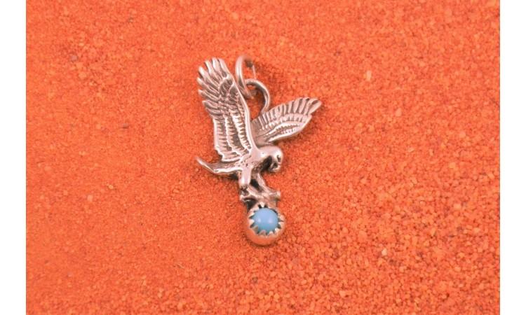Pendentif aigle et turquoise